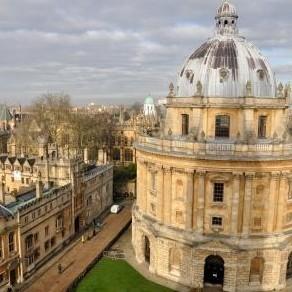 牛津大学的拉德克利夫图书馆