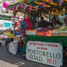 波多贝罗路街头市场